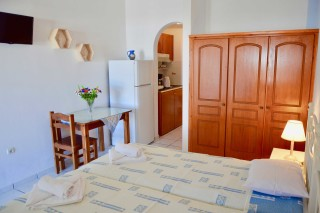 naxos-apartments-04